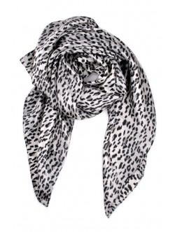 Сатенен шал с леопардов десен