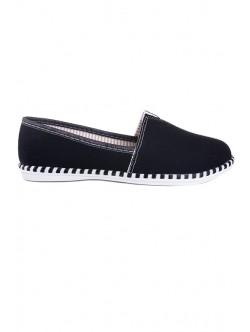 Черни обувки без връзки Поля