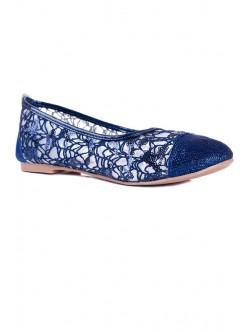 Обувки с пайети