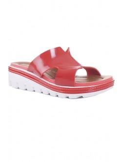Червени лачени чехли