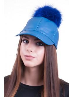 Синя шапка с козирка от естествена кожа
