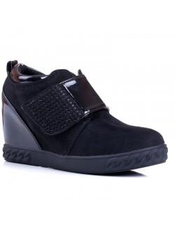 Обувки без връзки платформа