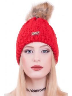 Ярко червена шапка 1987