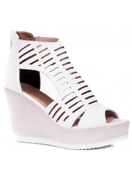 Бели високи сандали