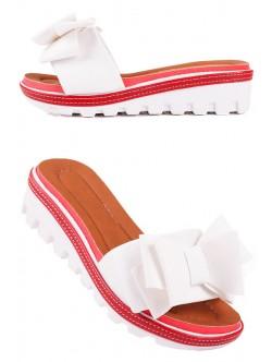 Бели чехли с панделка