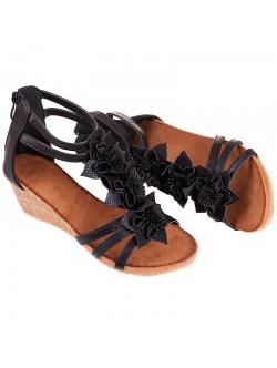 Черни сандали с цветя