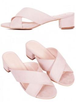 Дамски чехли със среден ток