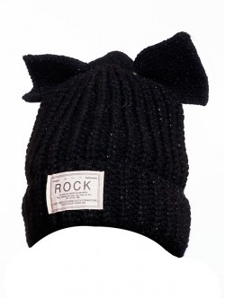 Черна зимна шапка Rock