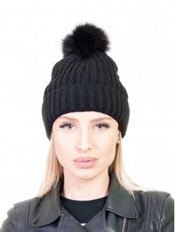 Плетена шапка с помпон