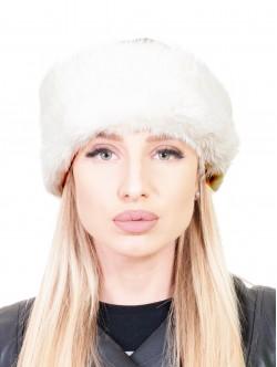 Кожена шапка с пух - бяло и камел