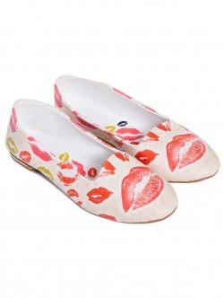 Ниски дамски обувки - цветни