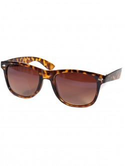 Кафяви слънчеви очила