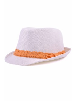Бяла шапка с периферия