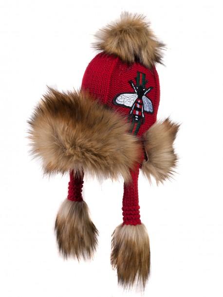Топла шапка с уши - червена