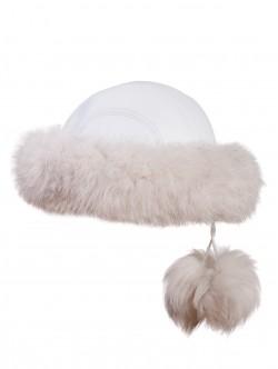 Пухкава шапка от естествена кожа - бяла