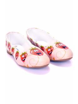 Дамски обувки с ягодки