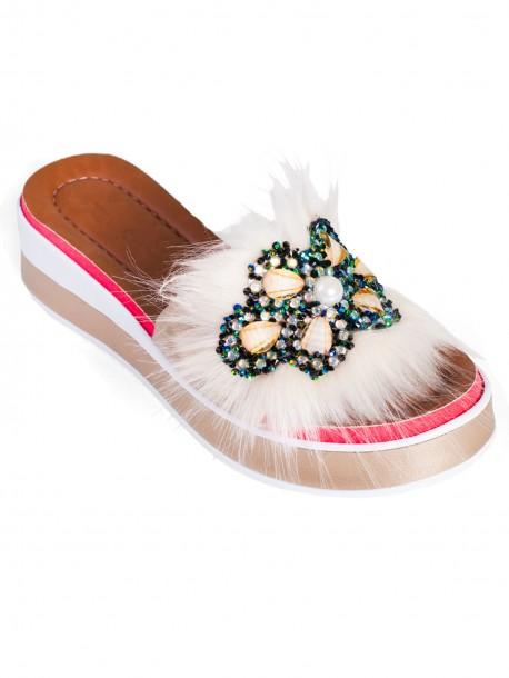 Модерни дамски чехли - златисти