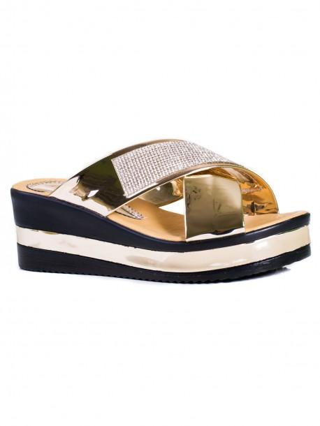 Дамски чехли с декорация в златист цвят
