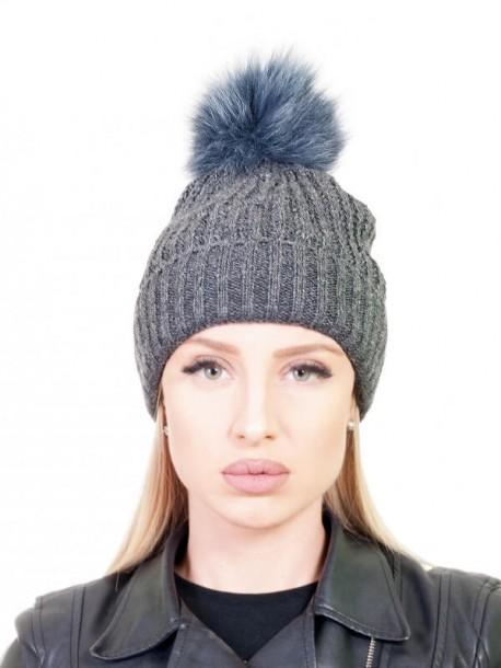 Тъмно сива шапка с естествен помпон