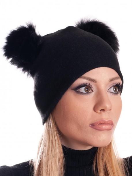 Дамска трикотажна шапка - черна