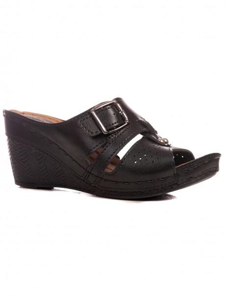 Дамски чехли с малък размер в черен цвят