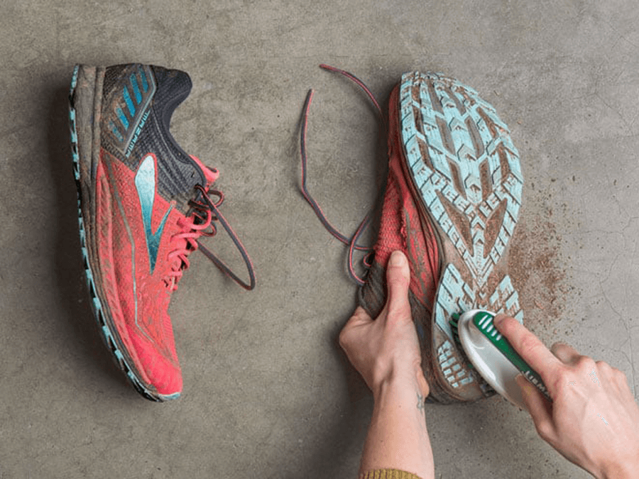 как да почистим обувки