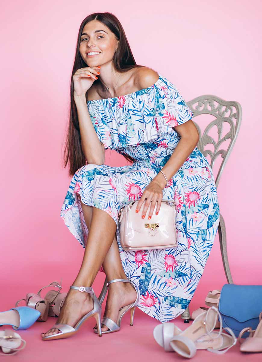 Как перфектно да съчетаеш обувките с роклята